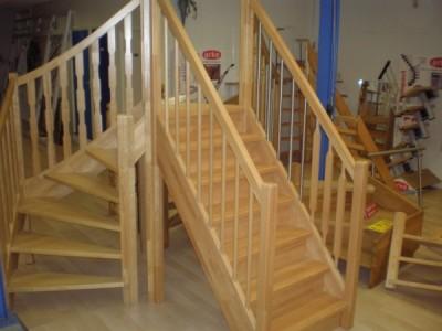 Trappen foto 39 s van op maat gemaakte trappen for Houten trappen op maat gemaakt